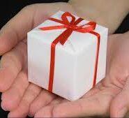 Bunuri oferite gratuit sub forma de cadou